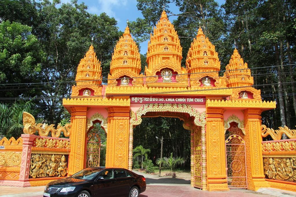 chùa Chrôi Tưm Chas