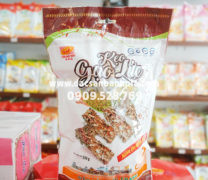Kẹo gạo lức mè đen Tân Huê Viên 250g