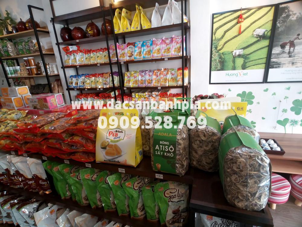 Cửa hàng bánh pía tân huê viên Hoàng Văn Thụ