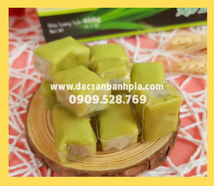 Kẹo dừa lá dứa